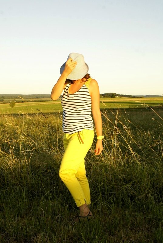 port trousers jaune 5JPG