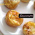 Mini crêpes soufflées au saumon