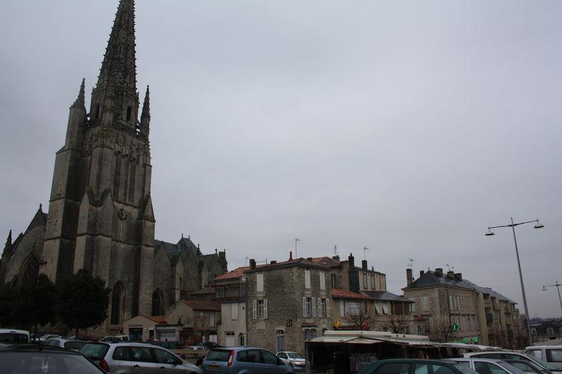 Fontenay_le_Comte_03