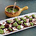 Carpaccio de betterave et mozzarella sauce pesto de fanes de radis