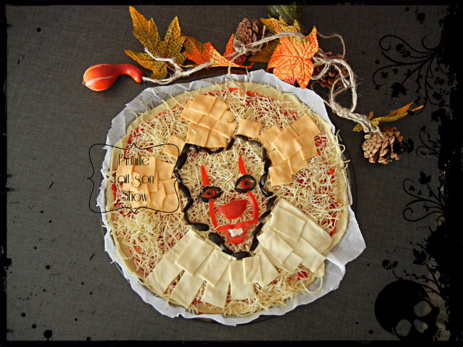"Pizza clown "" ça"" - it pennywise clown pizza ..."