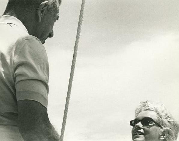 1962-f10