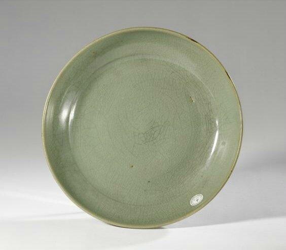 A rare large green 'Jun' dish, Jin dynasty (1115-1234)
