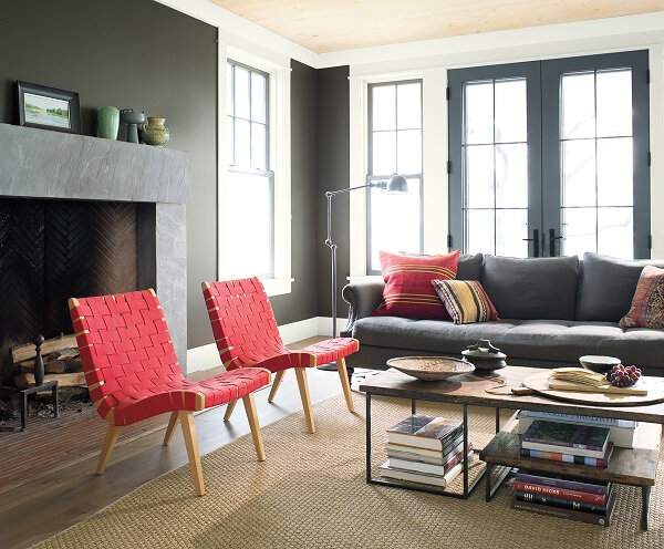 A+Seaside+Retreat+full+of+colour+and+pops+of+red+from+Benjamin+Moore+(9)