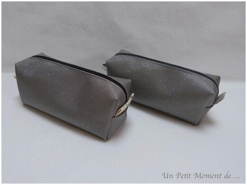 Trousses à paillettes gris clair 1