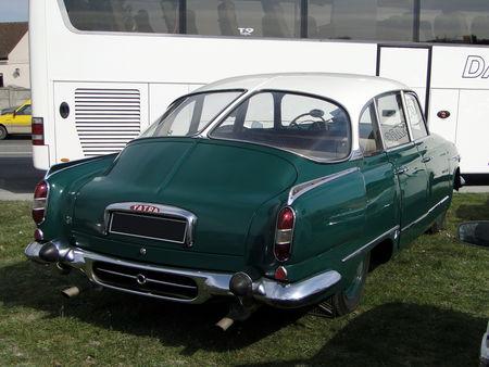 TATRA 603-1 1957 a 1962 salon champenois du véhicule de collection de Reims 2011 3