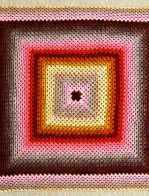 giant-granny-square-425-303x398