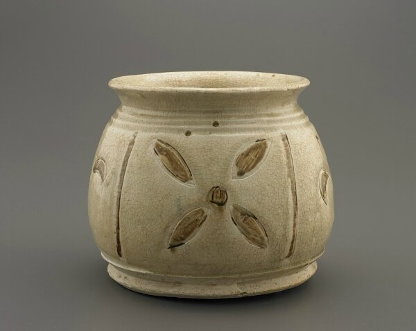 Jar with incised decoration, Trần dynasty, 13th-14th century, Vietnam, Hai Duong province, Red River Delta kilns