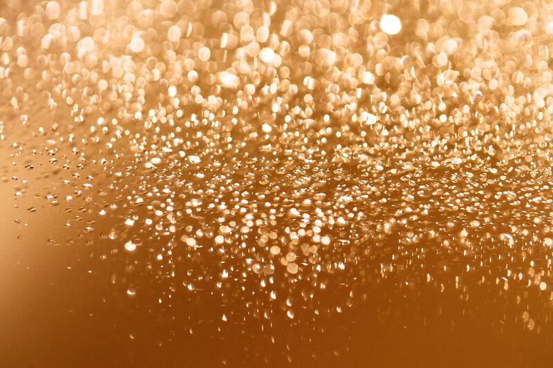 ThinkstockPhotos-100915035-bulle-champagne2