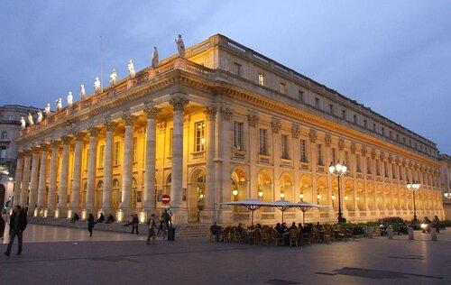 1024px-Bordeaux_-_Grand_Théâtre_4