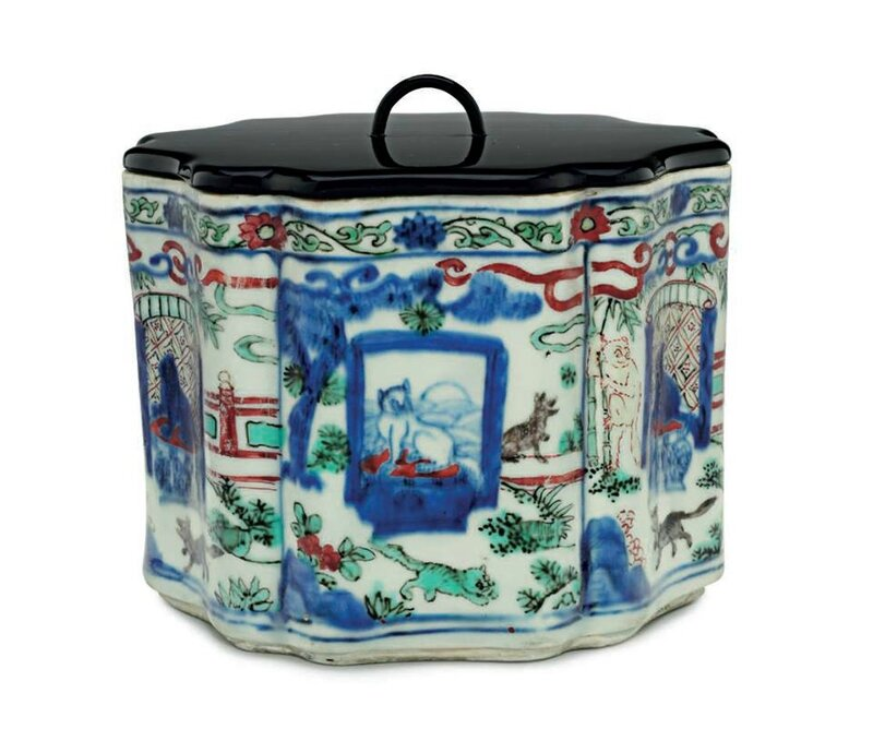 A rare wucai lobed jar, Wanli six-character mark in underglaze blue and of the period (1573-1619)