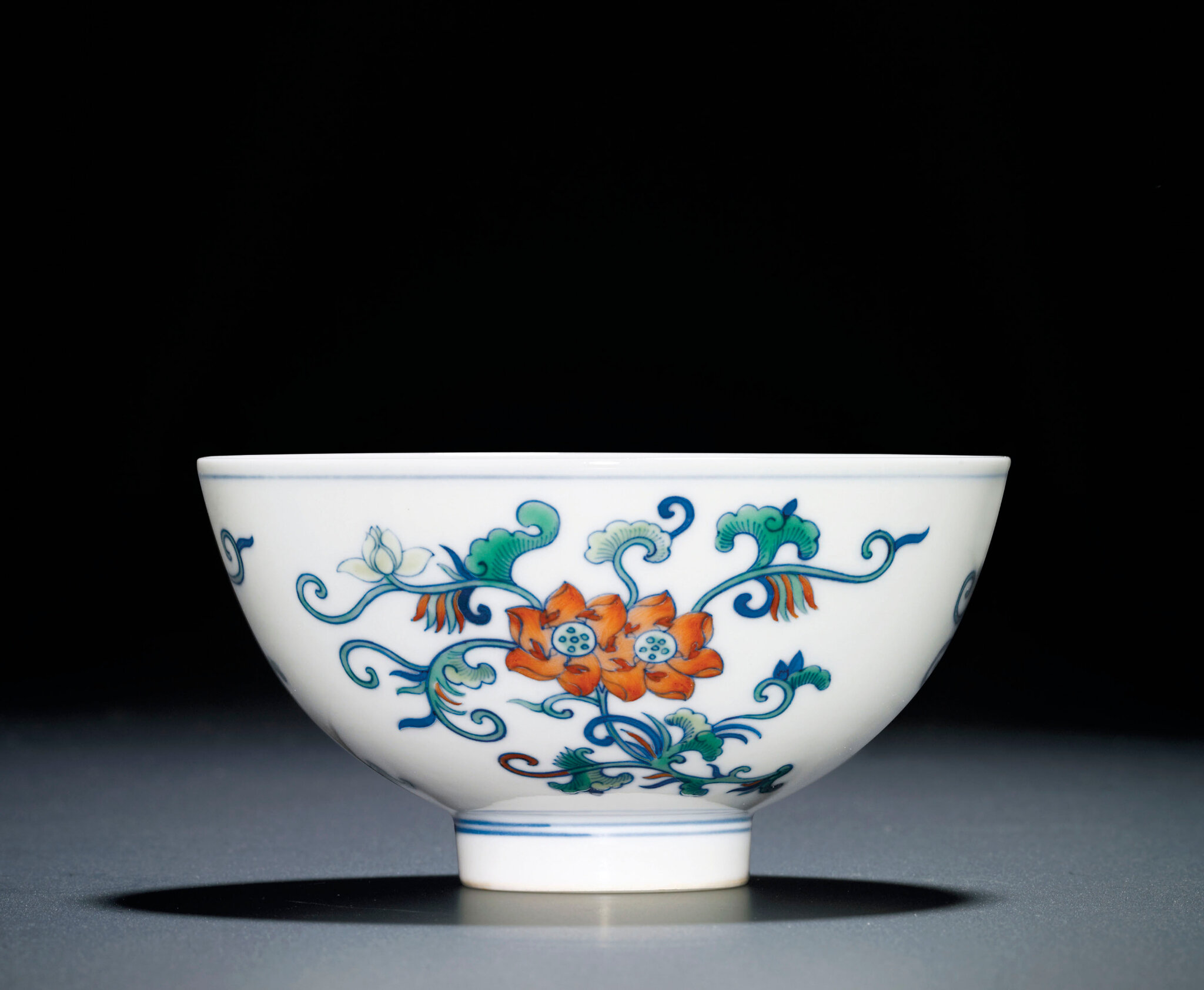 A fine doucai 'Lotus' bowl, Daoguang six-character seal mark and of the period (1821-1850)