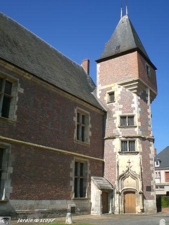Chateau_de_Gien_2