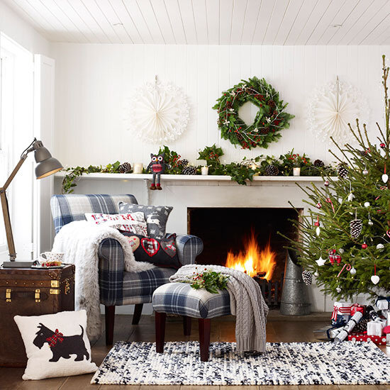 Country-Homes-Country-Room-Christmas-living-room