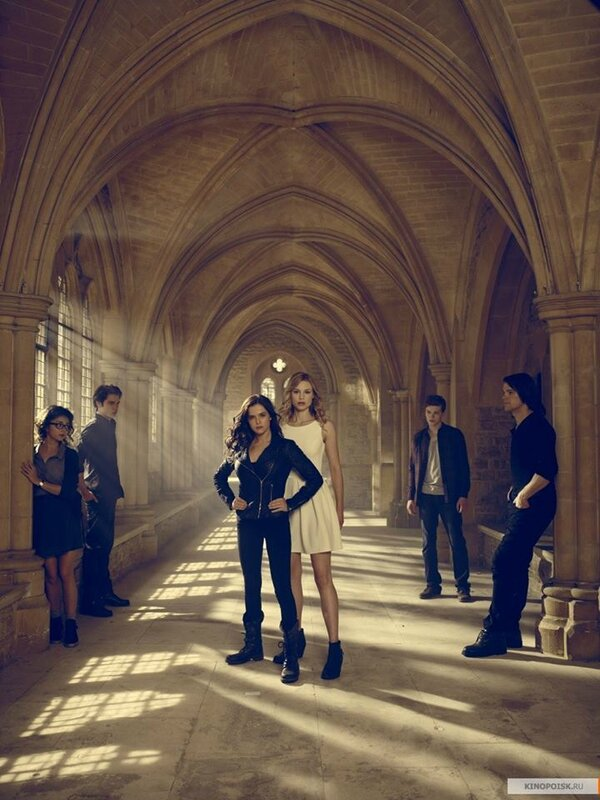 Vampire Academy promo02