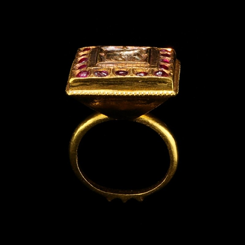 A_Ruby_And_Diamond_Ring