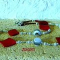 collier en résine, perles magique