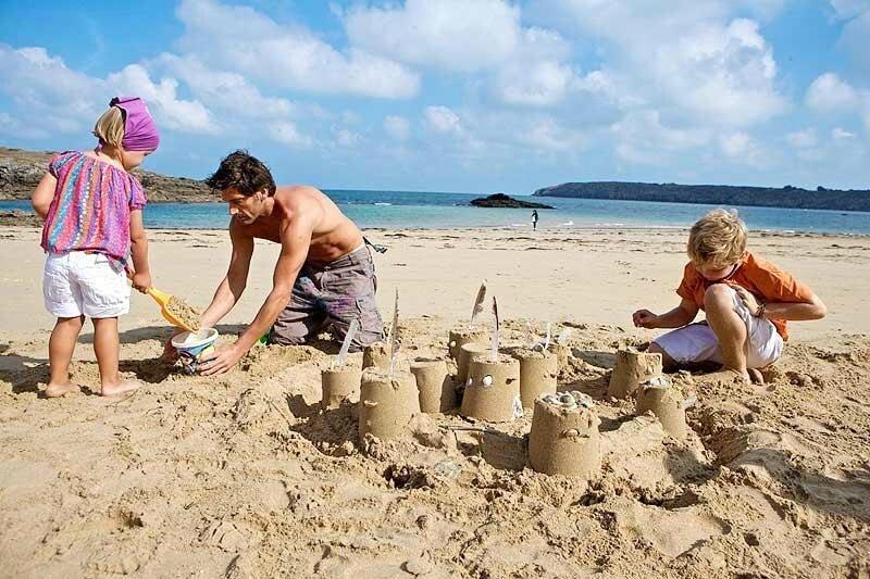 jeu-de-plage-chateau
