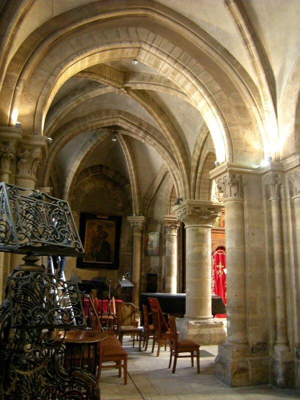 Paris St Julien le Pauvre 85