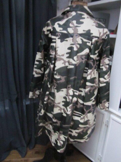 Ciré AGLAE en coton enduit imprimé camouflage fermé par un noeud dasn le même tissu (8)