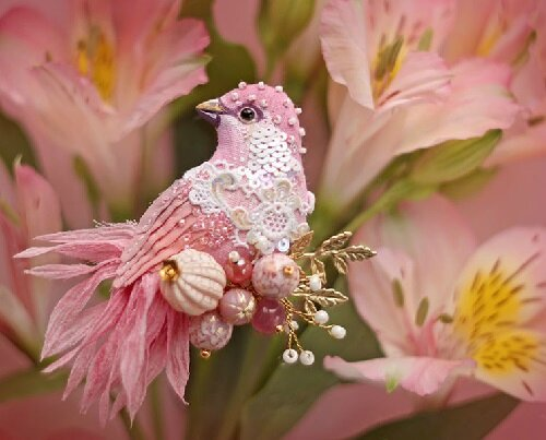 Miniature-brooch-Bird