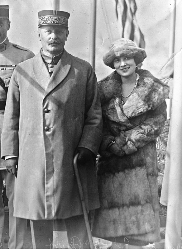 1919 01 12 Général Jean-Marie Charles Payot et Mme USA octobre 1921 agence Rol