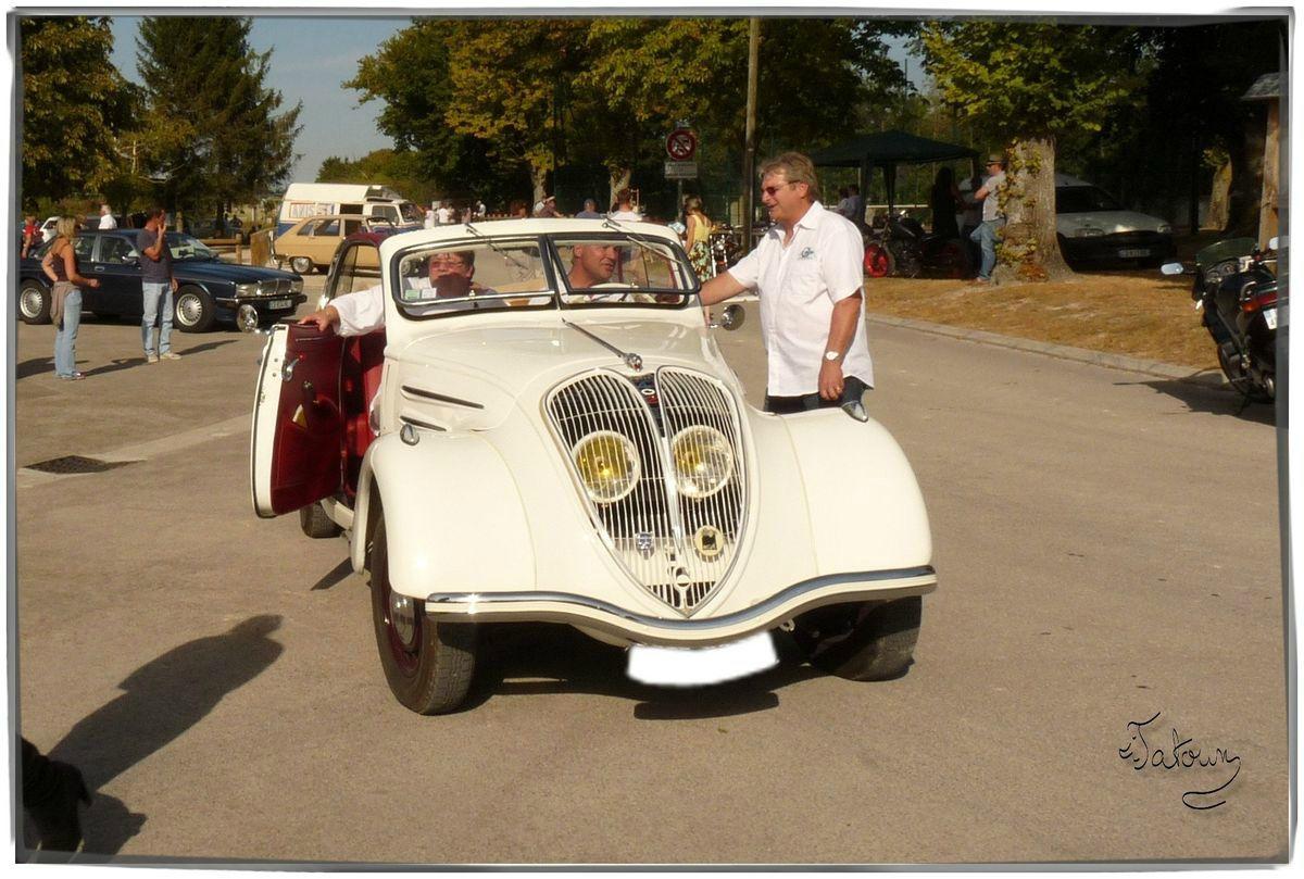 Peugeot 402 16-09-2012 - 07
