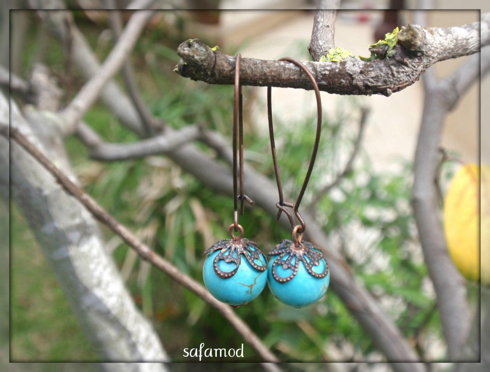 Boucles d'oreilles pierres semi préciseuses turquoise