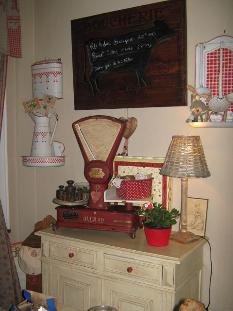 meuble patine et brocante photo de bidouilles a moi miss marple d co. Black Bedroom Furniture Sets. Home Design Ideas