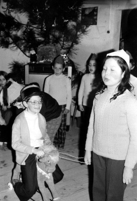 Ch41 - 1972 env - Fête l'école du Christ Roi