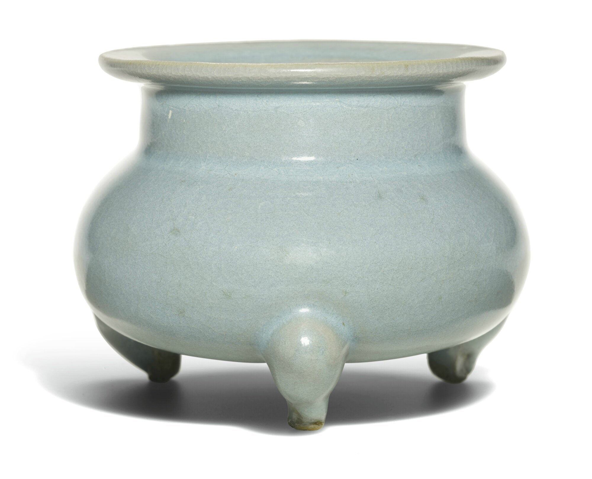 A fine and rare 'Jun' blue-glazed tripod censer, Northern Song-Jin dynasty