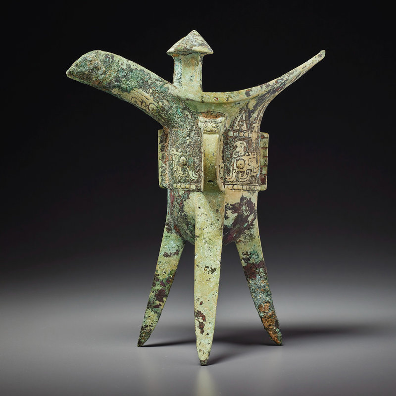 2021_NYR_19547_0710_000(a_rare_bronze_ritual_tripod_wine_vessel_jue_late_shang_dynasty_12th-11010524)