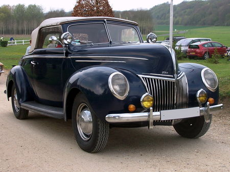 39_FORD_Deluxe_Convertible__1_