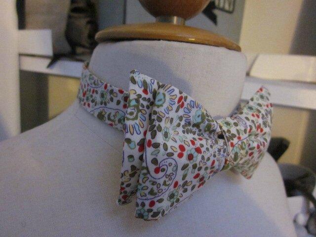 Véritable NOEUD PAPillon en coton fleur imprimé rouge et vert (3)