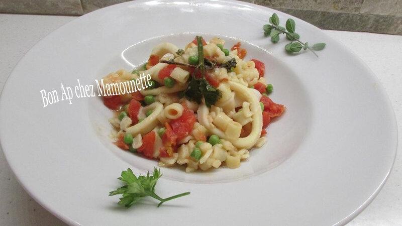 calamars aux petites pâtes à la tomate petits pois 026-