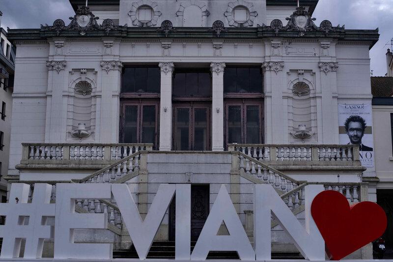 Evian 1 - 1
